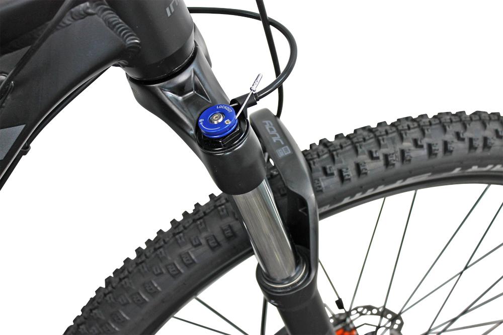 Rower górski MTB INDIANA X-Pulser 5.9 M2129 cali męski Czarno-grafitowy amortyzator na przód marki ROCK SHOX zniweluje nierówności w trudnych terenach jazda będzie przyjemniejsza i płynna